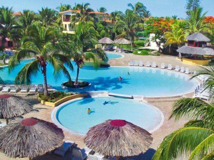 Villa Tortuga 3 * территория отеля